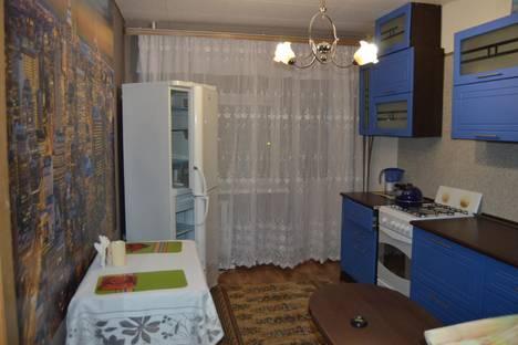 Сдается 1-комнатная квартира посуточнов Энгельсе, Краснодарская улица, 9.