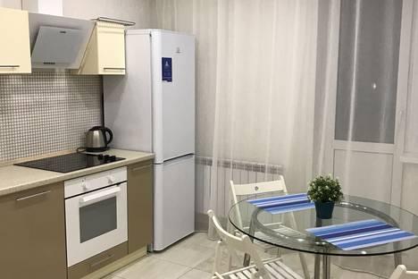 Сдается 2-комнатная квартира посуточнов Оби, улица Крылова, 34.