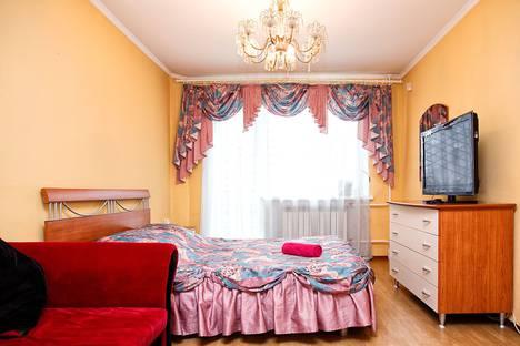 Сдается 3-комнатная квартира посуточно в Кемерове, Пионерский бульвар, 8А.