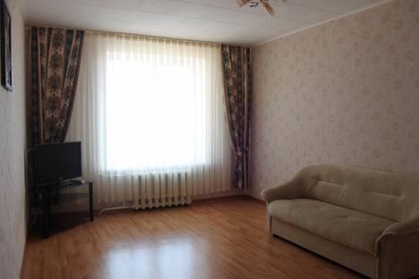 Сдается 2-комнатная квартира посуточнов Оренбурге, Салмышская 67/2.