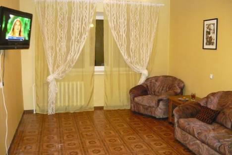 Сдается 1-комнатная квартира посуточнов Кирове, ленина 184.