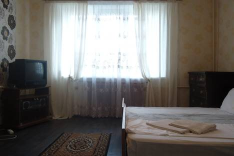 Сдается 2-комнатная квартира посуточно в Орле, Старо- Привокзальная, д.4.