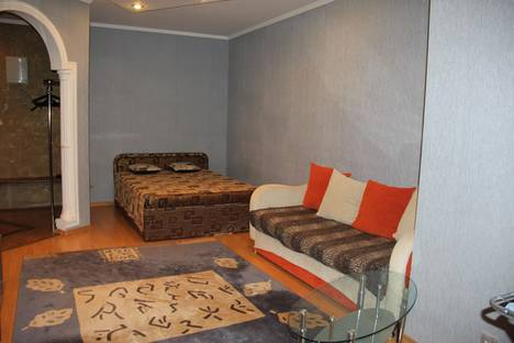 Сдается 1-комнатная квартира посуточнов Тюмени, 50 лет октября 3 к.1.