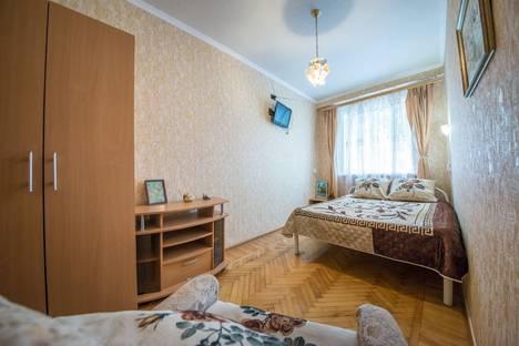Сдается 2-комнатная квартира посуточно в Краснодаре, Ставропольская 99.