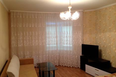 Сдается 1-комнатная квартира посуточнов Волжском Утёсе, Спортивная 8.
