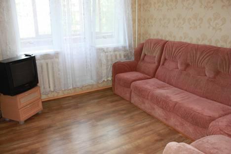 Сдается 1-комнатная квартира посуточнов Тюмени, Севастопольская 33.