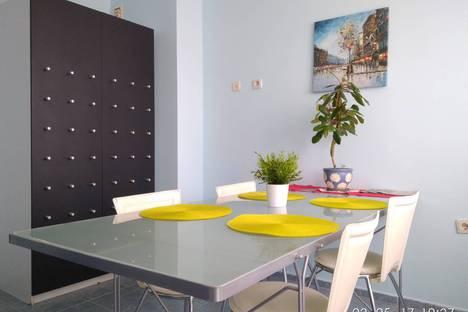 Сдается 1-комнатная квартира посуточно в Казани, проспект Фатыха Амирхана, 23.