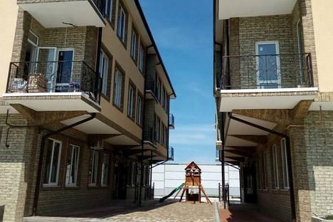 Сдается 2-комнатная квартира посуточно в Адлере, Краснодарский край, Верхне-Имеретинская Бухта, улица Субтропическая, д. 4 Адлерский район.