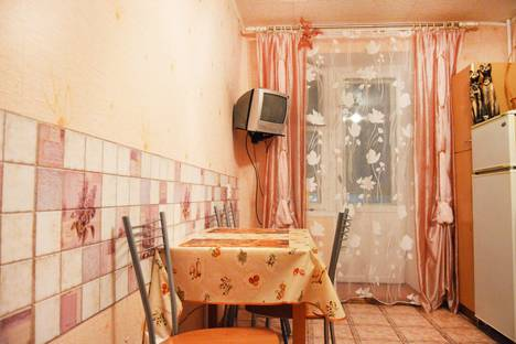 Сдается 3-комнатная квартира посуточно, проспект Ленина, 2.
