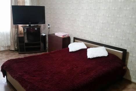 Сдается 1-комнатная квартира посуточно в Керчи, улица Свердлова, 86.