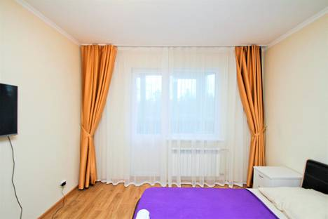 Сдается 2-комнатная квартира посуточно в Сургуте, улица Крылова, 53к4.