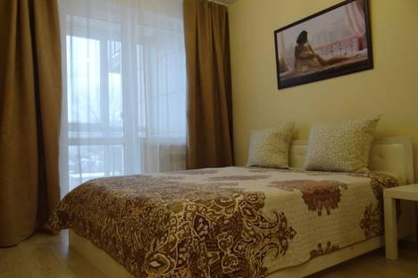 Сдается 2-комнатная квартира посуточно, бульвар 30-летия Победы, 42.