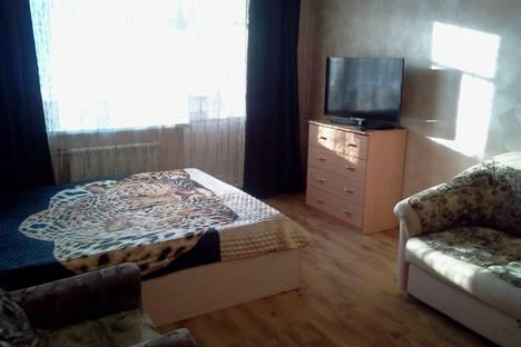 Сдается 2-комнатная квартира посуточно в Екатеринбурге, Июльская улица, 19.