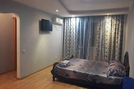 Сдается 1-комнатная квартира посуточно в Уральске, улица Маншук Маметовой, 54.