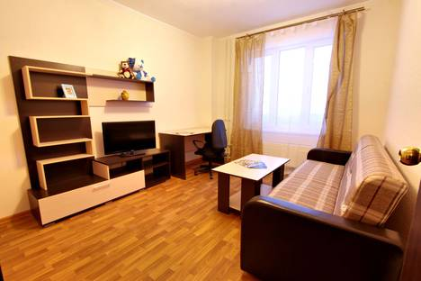 Сдается 1-комнатная квартира посуточнов Нефтеюганске, микрорайон 11б школьная 11-3.