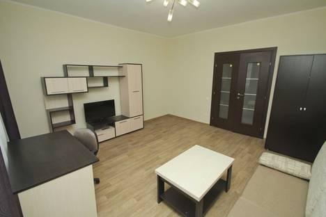 Сдается 1-комнатная квартира посуточнов Нефтеюганске, микрорайон 11б Школьная 11-13.