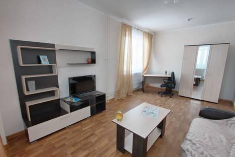 Сдается 2-комнатная квартира посуточнов Нефтеюганске, 15-й,Школьная 11-14.