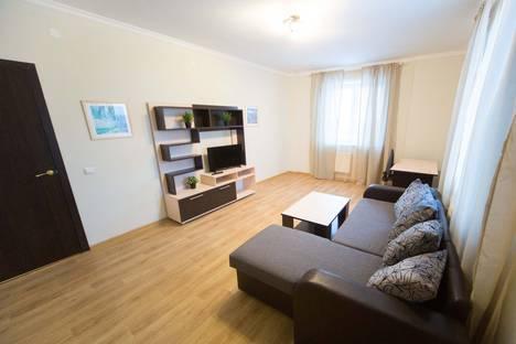 Сдается 2-комнатная квартира посуточнов Нефтеюганске, Школьная 11-19.