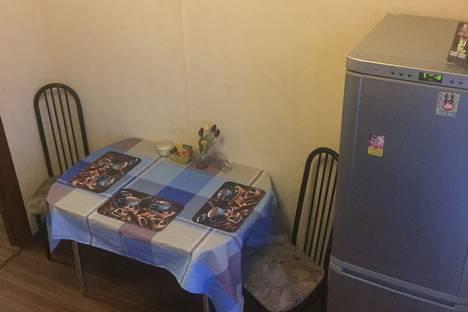 Сдается 2-комнатная квартира посуточно в Петрозаводске, проспект Ленина 1.