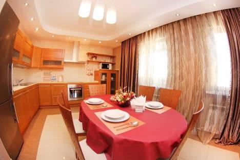 Сдается 3-комнатная квартира посуточно в Алматы, улица Каблукова 270.