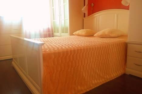 Сдается 2-комнатная квартира посуточно в Тюмени, Солнечный проезд, 26.