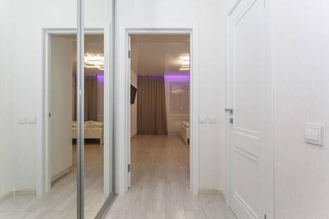 Сдается 1-комнатная квартира посуточно, Лазурная улица, 28.