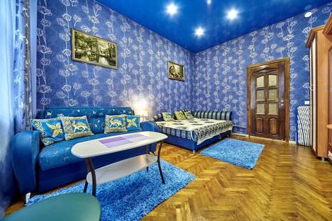 Сдается 3-комнатная квартира посуточно в Санкт-Петербурге, ул.7-я Советская, д.35.