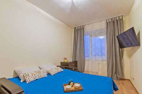 Сдается 1-комнатная квартира посуточнов Санкт-Петербурге, Коломяжский проспект, 15 корпус 1.