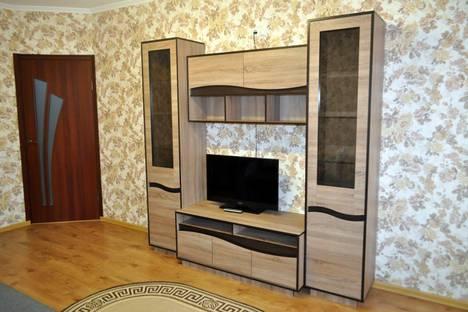 Сдается 2-комнатная квартира посуточно в Каменце-Подольском, Кам'янець-Подільський, вулиця Драгоманова 12.