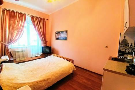 Сдается 1-комнатная квартира посуточно в Серпухове, улица Форсса, 10.