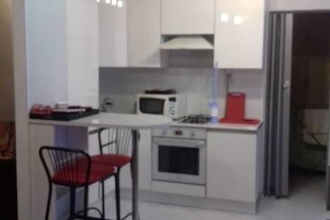 Сдается 1-комнатная квартира посуточно в Якутске, улица Короленко, 19.