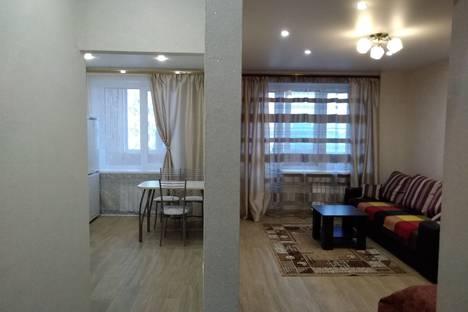 Сдается 1-комнатная квартира посуточно в Челябинске, проспект Ленина 64.