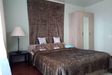 Сдается 1-комнатная квартира посуточно в Челябинске, улица Скульптора Головницкого, 28.