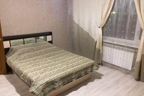 Сдается 2-комнатная квартира посуточнов Нефтеюганске, 14-й микрорайон, 23.