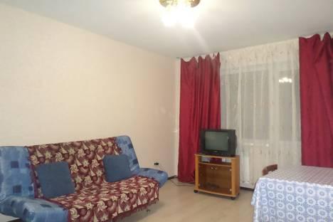 Сдается 1-комнатная квартира посуточно в Вольске, улица Волгоградская, 54а.
