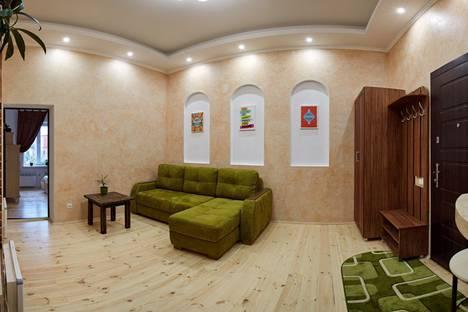 Сдается 2-комнатная квартира посуточно в Ровно, Рівне, вулиця Дубенська, 7.