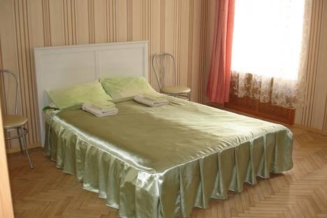 Сдается 2-комнатная квартира посуточнов Санкт-Петербурге, улица Черняховского 11.