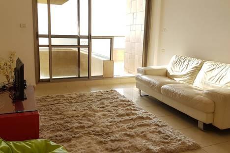Сдается 4-комнатная квартира посуточно, Netanya, David HaMelech Street 3.
