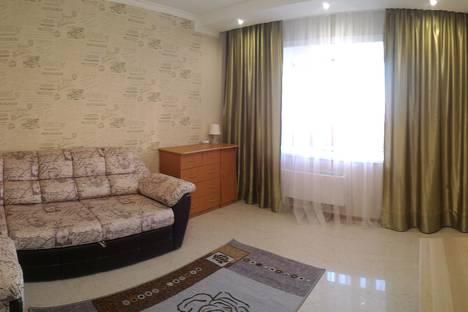 Сдается 1-комнатная квартира посуточно, улица Титова, 253/1.