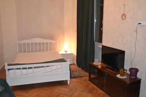 Сдается 2-комнатная квартира посуточно, улица Мачабели, 2.
