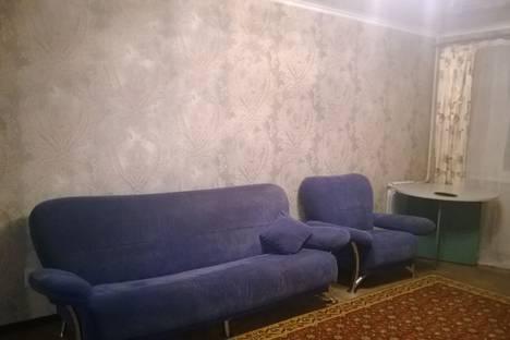 Сдается 3-комнатная квартира посуточно в Брянске, улица Горбатова, 45.
