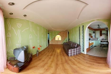 Сдается 3-комнатная квартира посуточно в Ровно, Рівне, проспект Мира, 9.