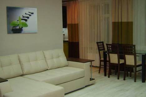 Сдается 3-комнатная квартира посуточно в Судаке, улица Гагарина, 5.