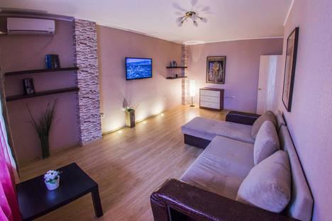 Сдается 2-комнатная квартира посуточнов Уфе, улица Заки Валиди, 58.