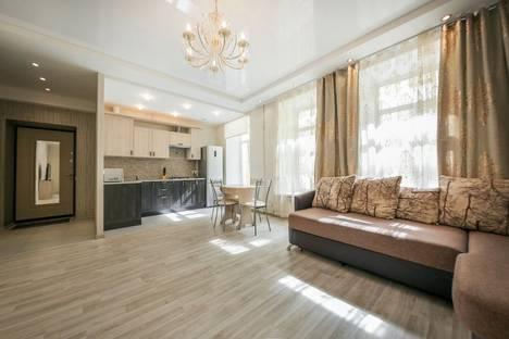 Сдается 2-комнатная квартира посуточно в Санкт-Петербурге, Поварской переулок, 9.