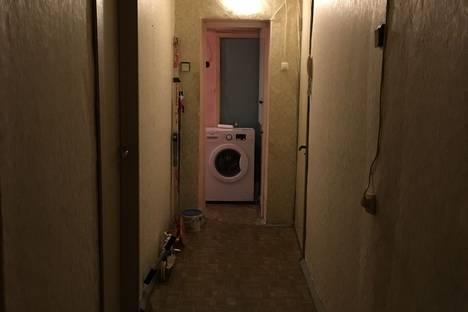 Сдается комната посуточнов Санкт-Петербурге, улица Решетникова, 19.