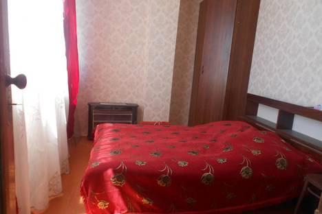 Сдается 2-комнатная квартира посуточно в Пицунде, улица Агрба, 22.
