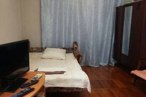 Сдается 1-комнатная квартира посуточнов Пицунде, улица Агрба, 17/1.