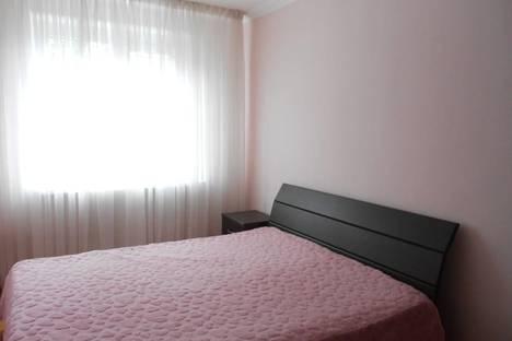 Сдается 2-комнатная квартира посуточнов Пицунде, улица Агрба, 23/2.