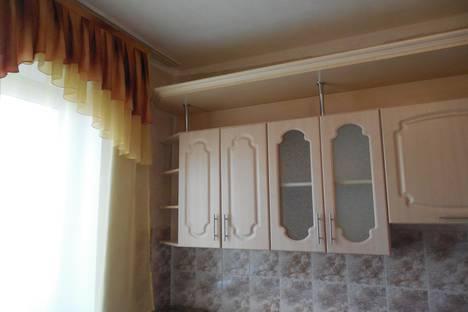 Сдается 3-комнатная квартира посуточно в Барнауле, улица Чудненко, 81.
